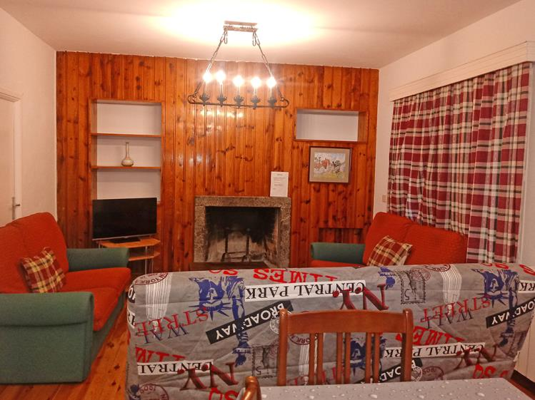 saloncito chalet residencial bubal.jpg