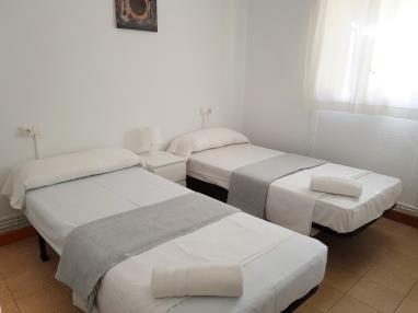 otros_11-apartamento-3-dormitorios-(5-7-personas)-complejo-bubal-formigal-3000-.jpg
