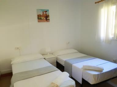 otros_14-apartamento-1-dormitorios-(2-4-personas)-complejo-bubal-formigal-3000-.jpg