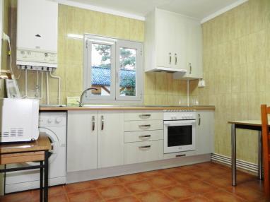 otros_4-apartamento-3-dormitorios-(6-8-personas)-complejo-bubal-formigal-3000-.jpg