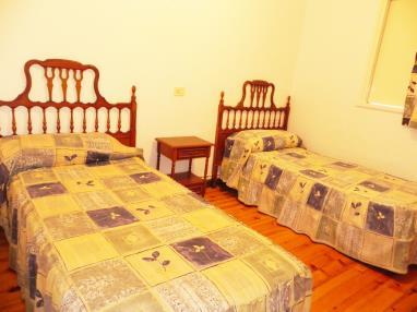 otros_6-chalet-10-12-5-dormitorios-complejo-bubal-formigal-3000-.jpg