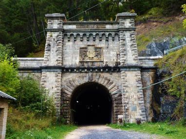 tunel-somport-estacion-canfranc.jpg